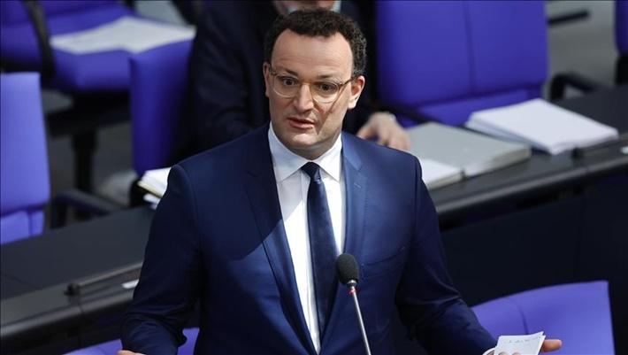 Alman Sağlık Bakanı koronovirüsün bitişi için tarih verdi