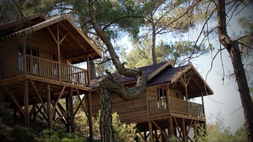 Bursa'nın şirin ilçesi Harmancık doğayla iç içe tatil imkanları sunuyor