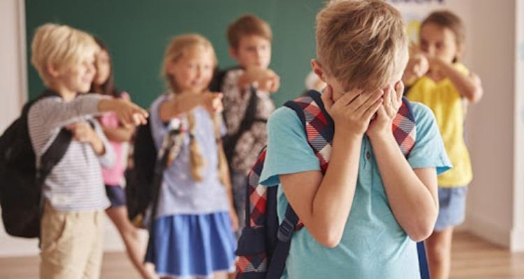 Çocuğunuzun 'Akran Zorbalığı'na uğradığını gösteren 8 işaret nedir?