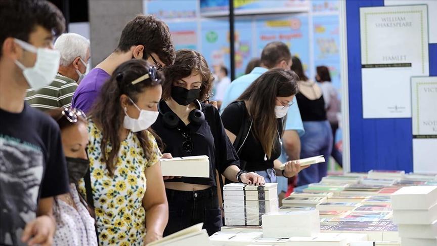11. Antalya Kitap Fuarı'nı 589 bin 756 kişi ziyaret etti