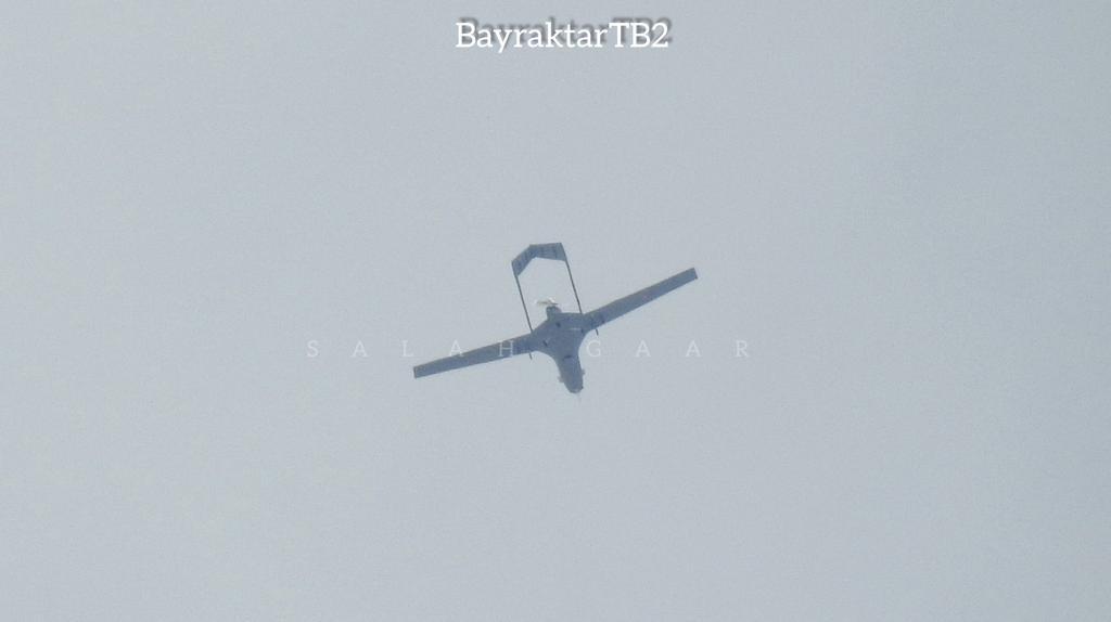 Bayraktar TB-2'de dikkat çeken ayrıntı! Rus Su-24 ve Türk SİHA'ları o bölgede görüntülendi