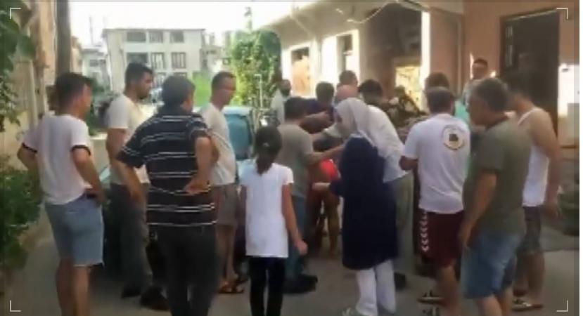 Bursa'da hırsız, girdiği evdeki küçük kıza sandalyeyle vurdu